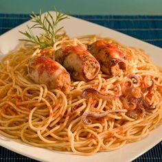 Μια πολύ εύκολη Ιταλική συνταγή για υπέροχα Καλαμαράκια γεμιστά 'α λα Ιτάλια' με σπαγγέτι. Ένα υπέροχο, πεντανόστιμο, νηστίσιμο πιάτο για όλη την Greek Beauty, Food To Make, Shrimp, Spaghetti, Meat, Chicken, Ethnic Recipes, Kielbasa, Drink