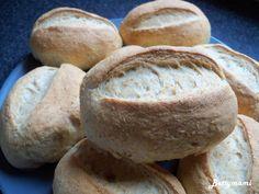 Joghurtos Graham zsemle | Betty hobbi konyhája Hobbit, Bread, Food, Brot, Essen, Baking, Meals, Breads, The Hobbit