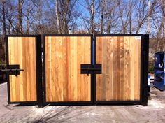 custom-dumpster-enclosure-18.jpg (640×478)