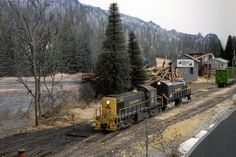 Allagash Railway photos - Mike Confalone's layout