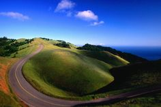 Road trip anyone? Lonely planet recommends some north south routes. Places To Travel, Places To See, Jefferson Park, North South, South Usa, Us Road Trip, Road Trippin, Family Adventure, Adventure Is Out There
