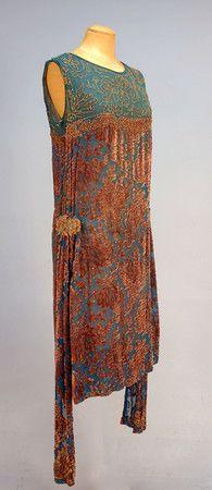 BEADED DEVORE VELVET DANCE DRESS, 1920's. Sideway