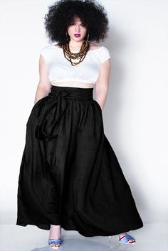 JIBRI Plus Size high waist maxi skirt with chic side pockets and attached wrapped belt. Perfect Spring and Summer. Pair with a fitted tee, denim top, Look Plus Size, Curvy Plus Size, Plus Size Women, Curvy Girl Fashion, Look Fashion, Plus Fashion, Plus Size Fashion Dresses, Stylish Plus Size Clothing, Fat Fashion