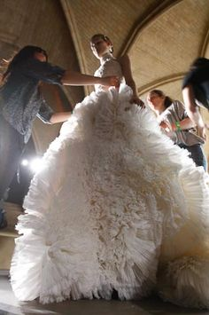 Alexander McQueen another future wedding dress :) Photography Tattoo, Fashion Photography, Mode Pastel, Alexandre Mcqueen, Alex Mcqueen, Bridal Gowns, Wedding Gowns, Models, Beautiful Gowns