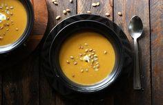 Curried Pumpkin and Apple Soup from SoupAddict.com #soup #autumn #pumpkin