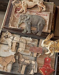 sugarmeows: John Derian's collection of vintage mechanical animals Vintage Paper, Vintage Toys, Barbie Vintage, Paper Animals, Little Doll, Paper Toys, Paper Puppets, Antique Toys, Old Toys