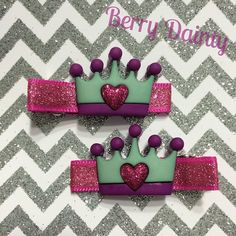 Pink glitter crown : Mommy's Little Princess Collection #daintyhairaccessories #hairclips #berrydainty #crownclippie