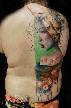 #tattoofriday - Jay Freestyle, desenhos feitos à mão livre na pele sem esboço antes das tattoos;