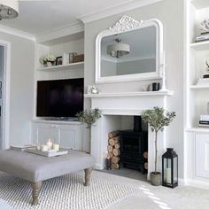 Victorian Living Room, Cottage Living Rooms, New Living Room, Formal Living Rooms, Home And Living, Living Room Decor, Alcove Ideas Living Room, Living Room Designs, Patio Interior