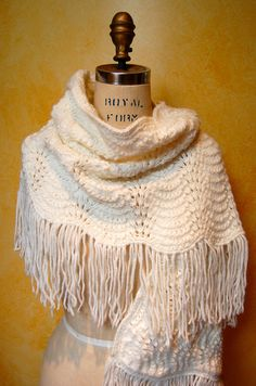 Vintage Fall Fashion White Boho Crochet Shawl/Wrap/Scarf