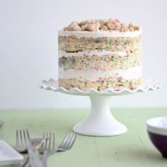 Momofuku Milk Bar Birthday Layer Cake. by bakeyourday #Birthday_Cake #Momofuku