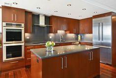 Modern kitchen. Interior Design by Elizabeth Taich Design
