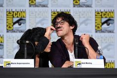 "Bob Morley Photos - Actors Marie Avgeropoulos (L) and Bob Morley speak onstage at Comic-Con International 2017 ""The 100"" panel at San Diego Convention Center on July 21, 2017 in San Diego, California. - Comic-Con International 2017 - 'The 100' Panel"