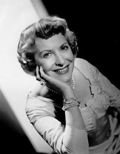 Gracie Allen, Actress: The George Burns and Gracie Allen Show. She and her husband-to-be became the comedy team of Burns & Allen in 1922 (she was the daft one). They remained spouses and performing partners until her passing. Classic Tv, Classic Films, Classic Beauty, Vintage Hollywood, Classic Hollywood, Famous Women, Famous People, George Burns, Comedy Duos