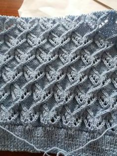 Best Beautiful Easy Knitting Patterns - Her Crochet Lace Knitting Stitches, Lace Knitting Patterns, Cable Knitting, Easy Knitting, Knitting Designs, Diy Crafts Knitting, Herringbone Stitch, Tutorial Crochet, Cardigan Pattern
