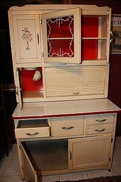 Marsh Hoosier Cabinet  GORGEOUS!!! I WANT ONE
