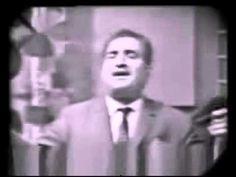 المطرب العراقي ناظم الغزالي مع أغنية يا تين