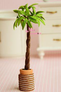 clay palmtree