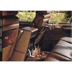 """""""This is classic interior design for range rover classic #RangeRover #vogue #classiccar #classic #4x4 #Exoticcar #Luxurycar #rangeroverclassic…"""""""