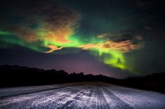 A photo of the northern lights in Iceland shot on my way to Kleifarvatn