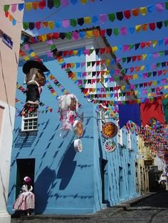 Salvador, Bahia, Brazil http://el.ozonweb.com/architecture/the-30-most-colourful-cities-in-the-world