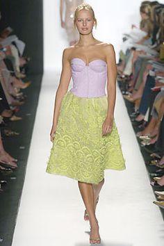 Oscar de la Renta Spring 2005 Ready-to-Wear - Collection - Gallery - Style.com