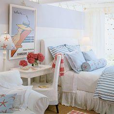 Adorable coatal bedroom!