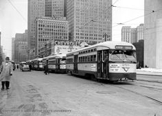 Woodward – Between Larned and Jefferson Posted by: kim pat in Detroit Taken in this shot up Woodward shows Kern's in the background. Detroit was never big on public transportation, but you can see there were some trolleys at one time. Flint Michigan, Detroit Michigan, Detroit Downtown, Detroit Ruins, Detroit News, Visit Detroit, Detroit History, Detroit Area, Old City
