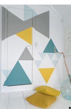 30 Eye-Catching Wall Murals to Buy or DIY DIY Geometric wall painting. Diy Wall Painting, Diy Wall Art, Wall Decor, Yarn Painting, Room Decor, Geometric Wall Paint, Geometric Decor, Geometric Designs, Diy Wand