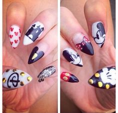 10 Incredible Disney Themed Nails Minnie & Micky Mouse affiliate link