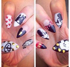 10 Incredible Disney Themed Nails - Likes