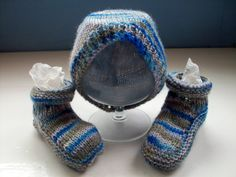 Baby hat bootees set, unique hand dyed wool, grey blue, unisex by SpinningStreak by SpinningStreak on Etsy