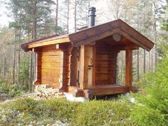 Naturally looking sauna in the Norwegian moss forest Small Log Cabin, Tiny Cabins, Rustic Saunas, Home Infrared Sauna, Sauna Kits, Log Cabin Exterior, Building A Small House, Sauna House, Hot House