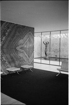 Mies Van Der Rohe Barcelona Pavilion by Quintin de Briey (2015)