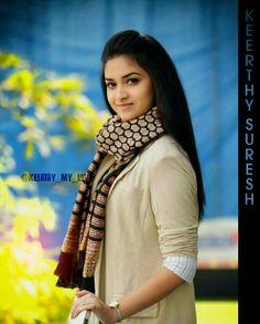 Indian Bridal Sarees, Indian Beauty Saree, Most Beautiful Indian Actress, Beautiful Actresses, Rakul Preet Singh Saree, Best Heroine, Malayalam Actress, Tamil Actress, South Indian Actress