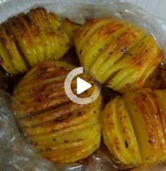 Fan Potato in Oven Bag - Yummy Recipes #yemek #pratikyemek Potatoes In Oven, Baked Potato, Yummy Food, Yummy Recipes, Food And Drink, Diet, Baking, Ethnic Recipes, Strong Women