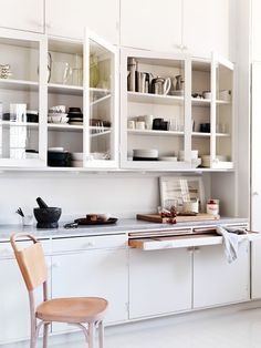 11 Ideas to steal from the kitchen masters  (carpenter required, in most cases)