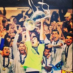 Hala Madrid! And the winner is #RealMadrid ! Atletico 1-4 Real. Congratulations to Casillas and his team and expecially to Carlo #Ancelotti . Tonight is history!