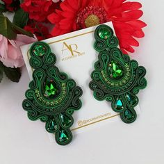 Soutache Jewelry, Shibori, Beaded Embroidery, Beading, Crochet Earrings, Detail, Outfit, Crafts, Handmade