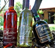 Auldstone Cellars, Taminick via Glenrowan - muscat liqueur - the most decadent, yummy thing to drink after Christmas Dinner, or any dinner come to that! Muscat, After Christmas, Wine Recipes, Dinner, Drinks, Bottle, Food, Dining, Drinking