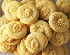 Image detail for -Twirly Lemon Butter Cookies with Lemon Buttercream Frosting Tea Cookies, Drop Cookies, Lemon Cookies, No Bake Cookies, Yummy Cookies, Greek Cookies, Just Desserts, Delicious Desserts, Cookie Recipes