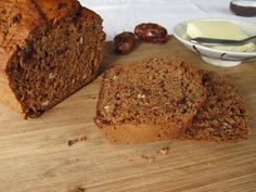 orange-kissed date pecan bread sweetened with honey Pecan Bread Recipe, Bread Recipes, Breakfast Snacks, Healthy Breakfast Recipes, Healthy Foods, Date Loaf, Date Nut Bread, Banana Bread, Sweet Treats
