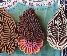 Examples of hand carved patterns out of teak blocks used to create prints, popular in Rajasthan India. Indian Block Print, Indian Prints, Indian Textiles, Indian Art, Paisley, Shibori, We Are The World, Tampons, Wood Print