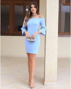 Resultado de imagem para trajes elegantes femininos na cor azul