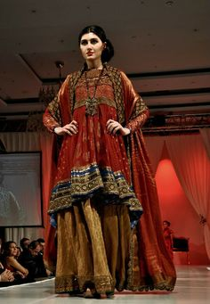 Anarkali Loves Me: Fashion Legacy: Nilofer Shahid of the House of Meeras
