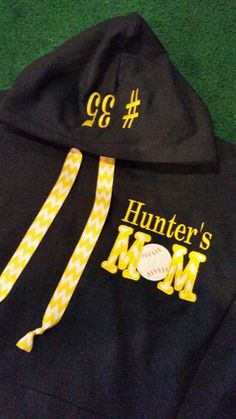 Love the ribbon replacing the draw string on the hood. Football Mom Shirts, Softball Shirts, Girls Softball, Sports Shirts, Football Sister, Softball Cheers, Softball Crafts, Volleyball Mom, Baseball Tips