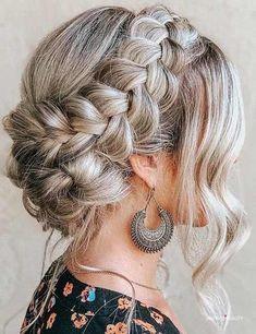Hair Streaks, Blonde Hair With Highlights, Brown Blonde Hair, Hair Color For Black Hair, Medium Blonde, Color Highlights, Bridesmaid Hair, Prom Hair, Medium Hair Styles