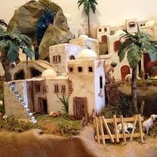 Resultado de imagen para nacimientos pesebres artesanales Portal, Diy Nativity, Garden Accessories, House Rooms, Projects To Try, House Styles, Christmas, Painting, Design