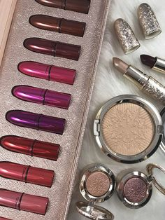 MAC Snowball Holiday Collection 2017.   Deluxe lip stick kit... preordered mine last week and got it at Nordstrom's! Love the holiday colors for sure
