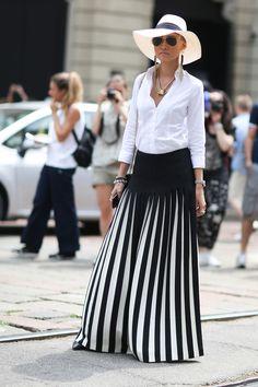 Si te has quedado sin imaginación para vestirte a la hora de ir a trabajar, asegúrate de tener en tu clóset estas 10 prendas tan versátiles, que…